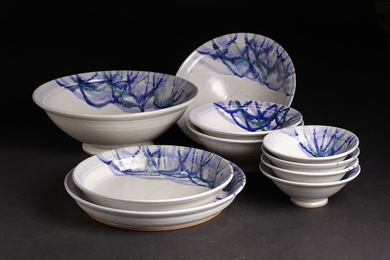 Serving Set by Mike Stoy